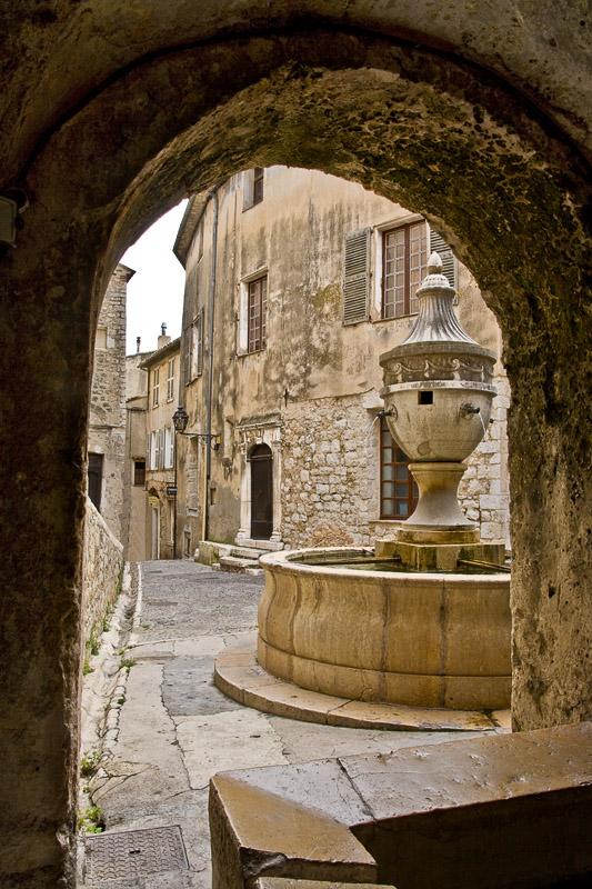 ITA08-1241Water-Fountain.jpg