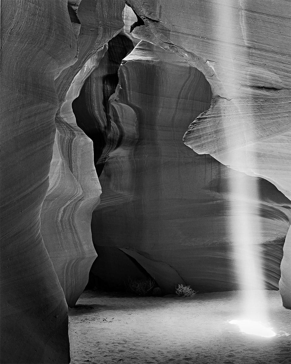 CO97-131_Light_Shaft_and_Sandstone.jpg