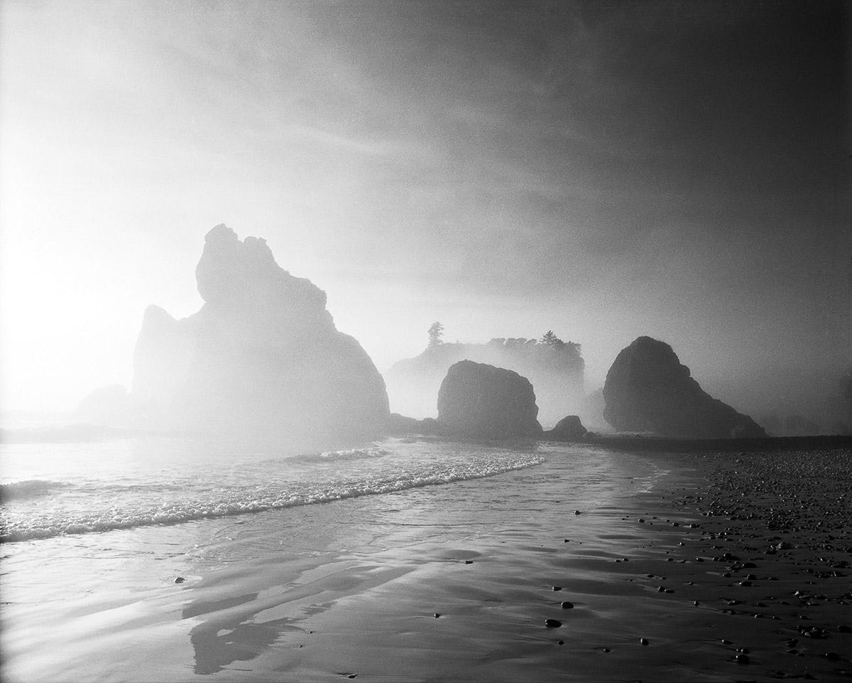 PR03-228_Sea_Stacks_in_Fog.jpg
